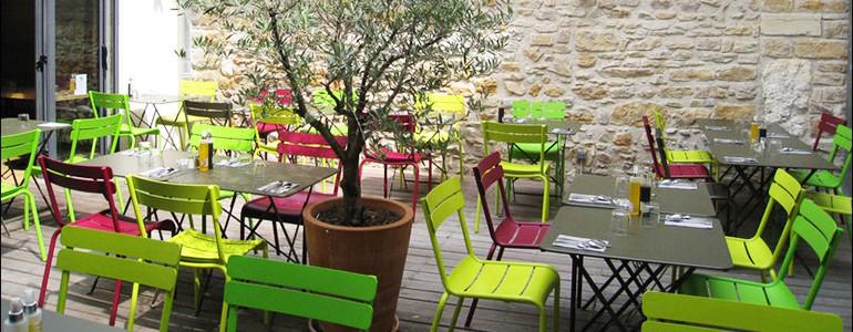 Restaurant avec terrasse lyon et ses alentours for Resto avec jardin