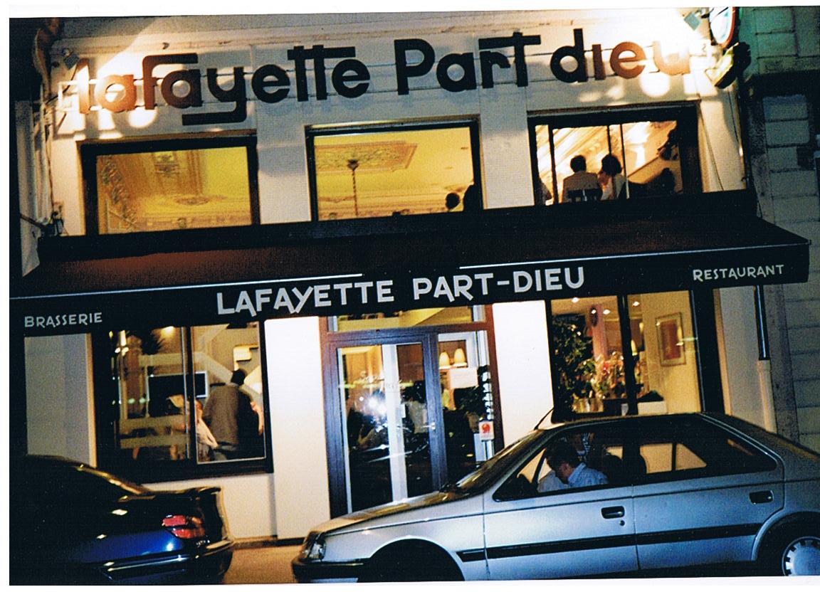 Lafayette part dieu restaurant lyon avis horaires t l phone - Du bruit dans la cuisine part dieu ...