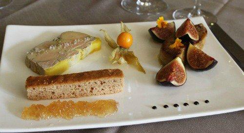 Restaurant Cuisine raffinée et table élégante lyon