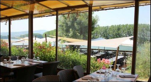 Restaurant Ambiance guinguette en bord de Saône lyon