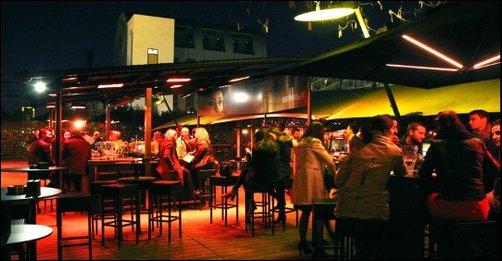 Restaurant Le Bistroclub réunit la table et la fête lyon