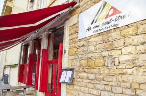 01 enseigne restaurant belge Ah non peut etre Lyon Lyonresto Ah non peut-être