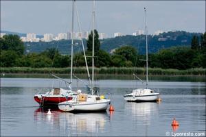 900092 lac bateaux au bord de l eau restaurant decines slection Au bord de l'eau