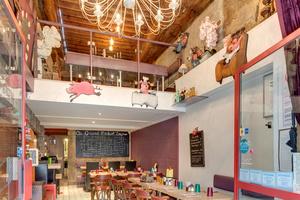 004 Au Grand mechant Loup restaurant bouchon lyon cordeliers salle Au Grand Méchant Loup