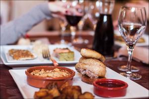Photo  64-plats-1-salade-entree-restaurant-monts-du-lyonnais-thurins-auberge-de-la-cote.jpg Auberge de la Côte