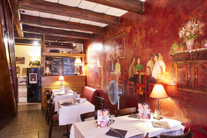 005 Bistro Pizay restaurant typique autentique Lyon Opera Bistro Pizay