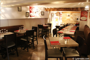 Photo  098-salle-etage-restaurant-bistro-pizay-lyon.jpg Bistro Pizay