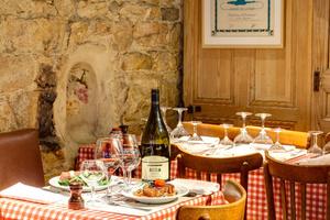 002 Cafe Comptoir Brunet vin table salle  Bouchon Comptoir Brunet