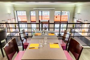 02 mezzanine 0 feuilete la patrie brasserie restaurant Lyon Brasserie La Patrie