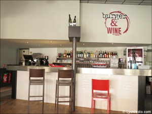 3 comptoir bar restaurant burger and wine martiniere lyon Burger & Wine Martinière