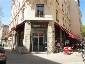 5 facade restaurant burger and wine martiniere lyon Burger & Wine Martinière