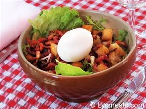 002 salade lyonnaise Café comptoir Abel