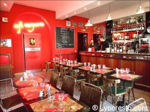 3 Cafe Marguerite salle  Café Marguerite