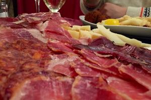 0 tapas plat charcuterie restaurant bintje zoet friterie belge lyon selection Cantabria