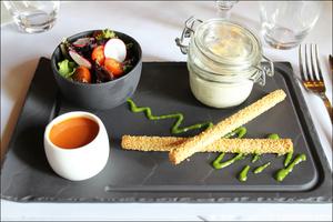 2 entree chevre frais restaurant lyon carre saone selection Carré Saône