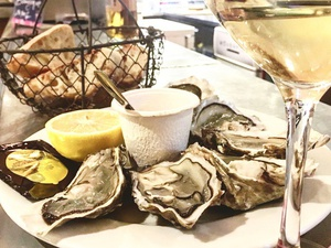 000001 huitres Comptoir 113 Lyon Lyonresto restaurant ecailler Comptoir 113