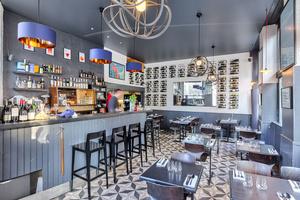 002 curnonsky restaurant nouveau concept lyon salle bar vin mur des canuts henon bistronomie Curnonsky