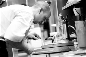 1 chef restaurant eskis lyon cuisine moleculaire selection Eskis