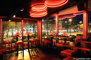 7 salle vue brotteaux k restaurant bar dansant festif f and k bistroclub lyon F&K Bistroclub