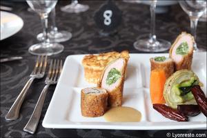 02 entree rouleaux plat fabrice moya restaurant lyon gastronomique Fabrice Moya
