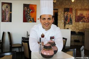 03 chef portrait fabrice moya restaurant lyon gastronomique Fabrice Moya