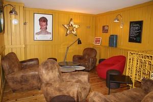 003 Gnome et Rhone restaurant bar cafe Lyon saxe gambetta salon Gnôme et Rhône