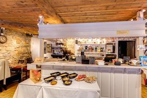 004 Happy Times Le Comptoir Lyonnais Autrement restaurant Lyon bar Happy Times Le Comptoir Lyonnais Autrement