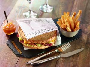 02 Ibis Kitchen Part Dieu Restaurant Lyon buffet plat signature sandwich croque monsieur selection Ibis Kitchen Part-Dieu