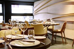 001 Imouto restaurant fusion Lyon Guillotiere salle deco Imouto