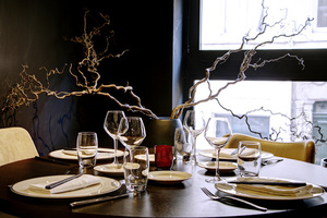 003 Imouto restaurant fusion Lyon Guillotiere dessert table ronde Imouto