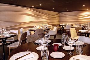 005 Imouto restaurant fusion Lyon Guillotiere salle etage Imouto