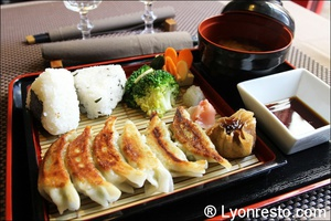 02 raviolis macrobiotiques racines lotus kiozen restaurant lyon Kiozen