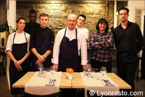 Photo  01-portrait-equipe-restaurant-effervescence-lyon-bistronomique-etoile-michelin.jpg L'Effervescence