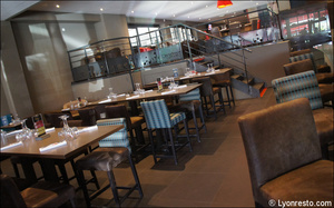 58 salle restaurant l endroit brignais L'Endroit - Brignais