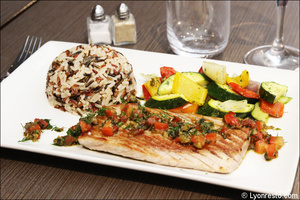 992 poisson plat restaurant l endroit lyon cite internationale L'Endroit - Cité Internationale