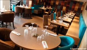 3 salle banquettes restaurant l endroit craponne L'endroit Craponne
