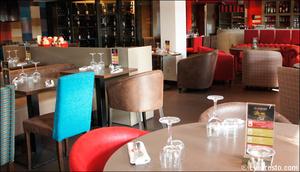 Photo  9-salle-tables-restaurant-l-endroit-craponne.jpg L'endroit Craponne