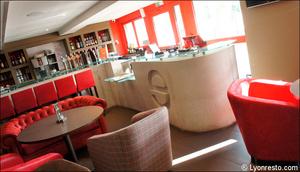 Photo  94-comptoir-restaurant-l-endroit-craponne.jpg L'endroit Craponne