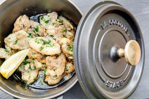 001 Esprit Bistrot Vaise Lyon restaurant plat grenouilles L'Esprit Bistrot Monplaisir