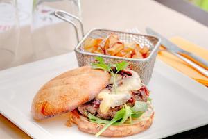 005 Esprit Bistrot Monplaisir Lyon restaurant plat burger L'Esprit Bistrot Monplaisir