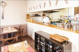 023 L Esprit Bistrot Monplaisir restaurant Lyon salle cuisine L'Esprit Bistrot Monplaisir