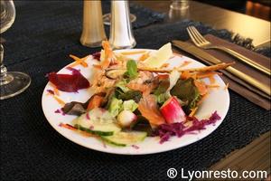 Photo  093-tartare-deux-saumons-restaurant-essentiel-lyon.jpg L'Essentiel