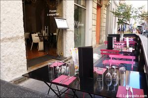 2 terrasse rue restaurant italien pizzeria officina lyon L'Officina