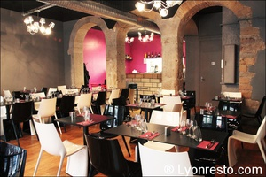 7 salle tables restaurant italien pizzeria officina lyon L'Officina