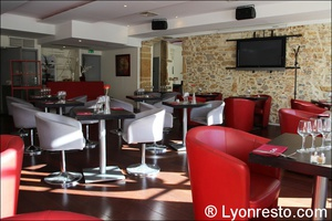 03 salle etage opus terreaux lyon restaurant L'Opus