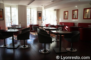 08 salle etage opus terreaux lyon restaurant L'Opus