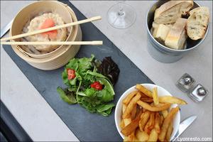 2 tartare daurade restaurant lyon brasserie bourse travail La Brasserie de la bourse du travail