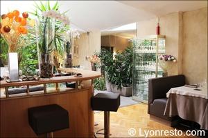 Photo  07-comptoir-salle-restaurant-brunoise-villeurbanne.jpg La Brunoise