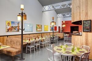 010 La Cantina Restaurant La Cantina