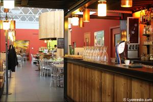 Photo  05-restaurant-bar-comptoir-restaurant-la-cantina-italien-pizzeria-saint-priest.jpg La Cantina